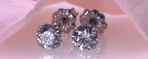 チタンピアス 5mm CZダイヤモンド